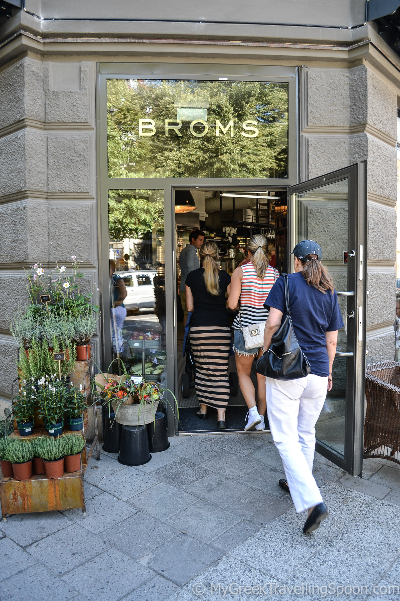 Broms in Ostermalm is a lovely bistro-bakery-delicatessen.